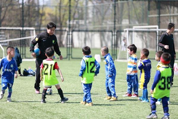 国奥越野足球俱乐部青少年足球培训班